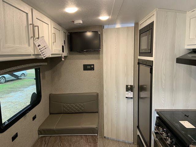 2020 Forest River Rockwood Geo Pro G19FD Rear Bath at Campers RV Center, Shreveport, LA 71129