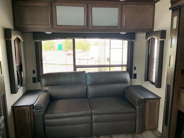 2019 Keystone RV Cougar 315RLS Rear Living at Campers RV Center, Shreveport, LA 71129