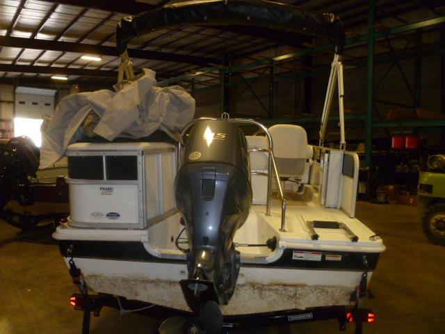 2013 HURRICANE FUN DECK 196 RE3 at Pharo Marine, Waunakee, WI 53597