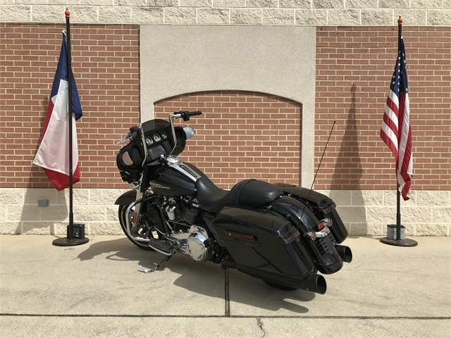 2017 Harley-Davidson Street Glide Base at Roughneck Harley-Davidson