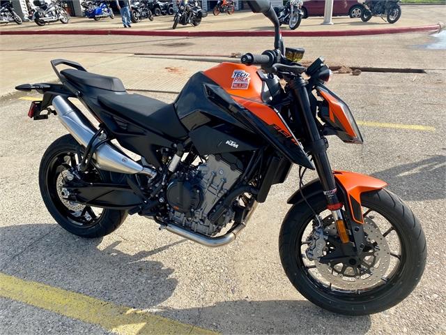 2021 KTM Duke 890 at Shreveport Cycles