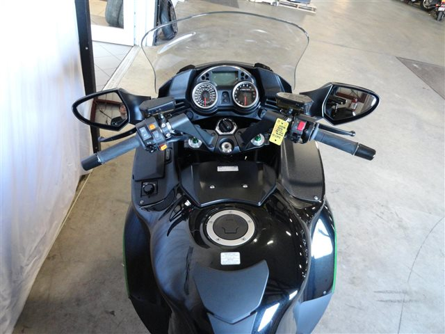 2016 Kawasaki Concours 14 ABS at Rod's Ride On Powersports, La Crosse, WI 54601