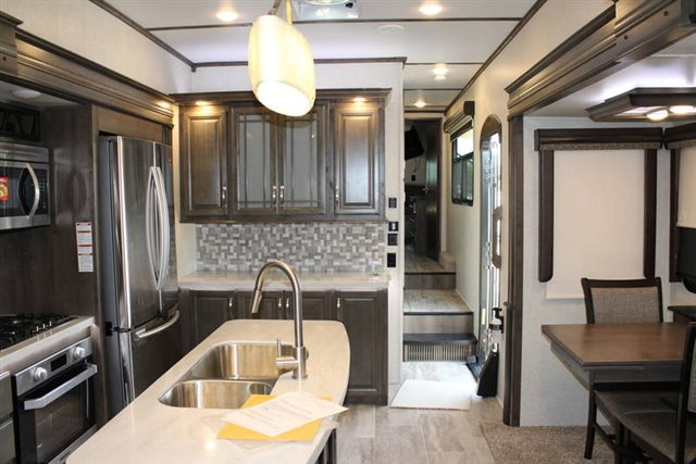 2019 Keystone RV Montana 3811MS Rear Living at Campers RV Center, Shreveport, LA 71129