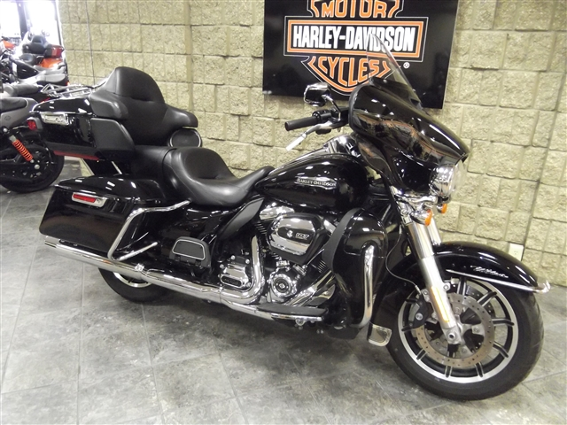 2018 Harley-Davidson Electra Glide Ultra Classic at Waukon Harley-Davidson, Waukon, IA 52172