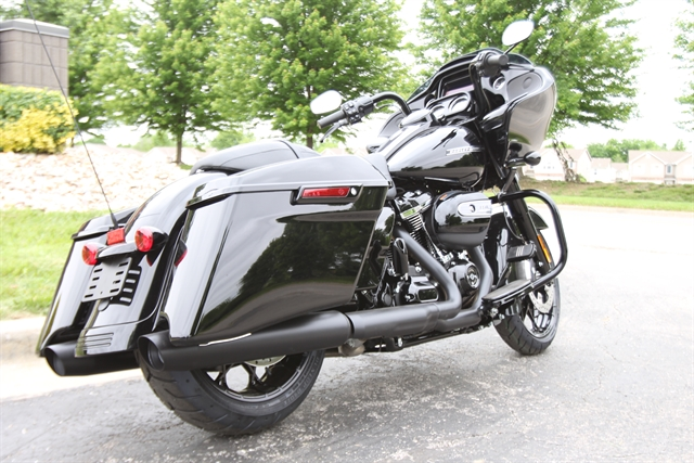 2020 Harley-Davidson Touring Road Glide Special at Outlaw Harley-Davidson