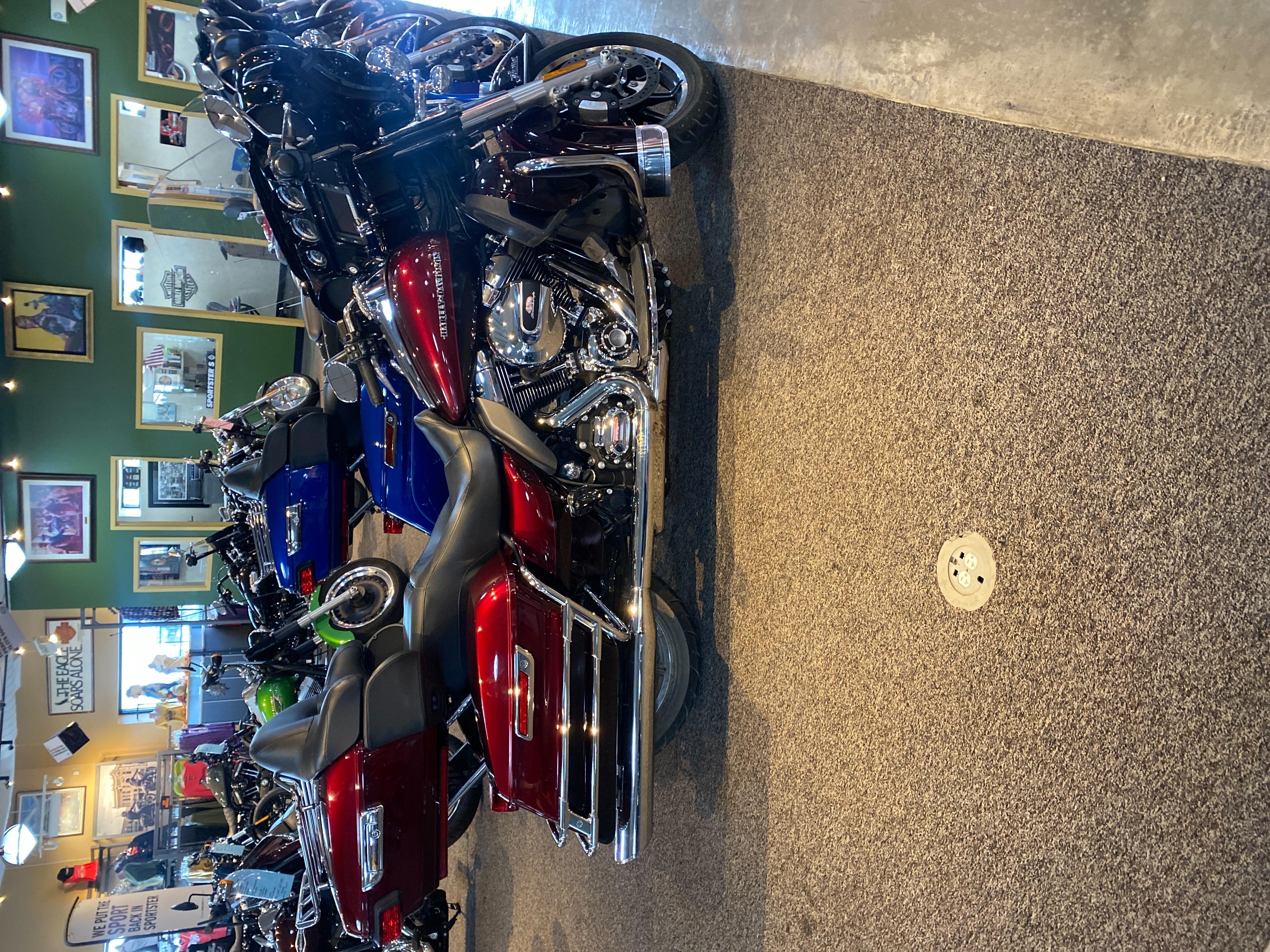 2015 Harley-Davidson Electra Glide Ultra Limited Low at Outpost Harley-Davidson