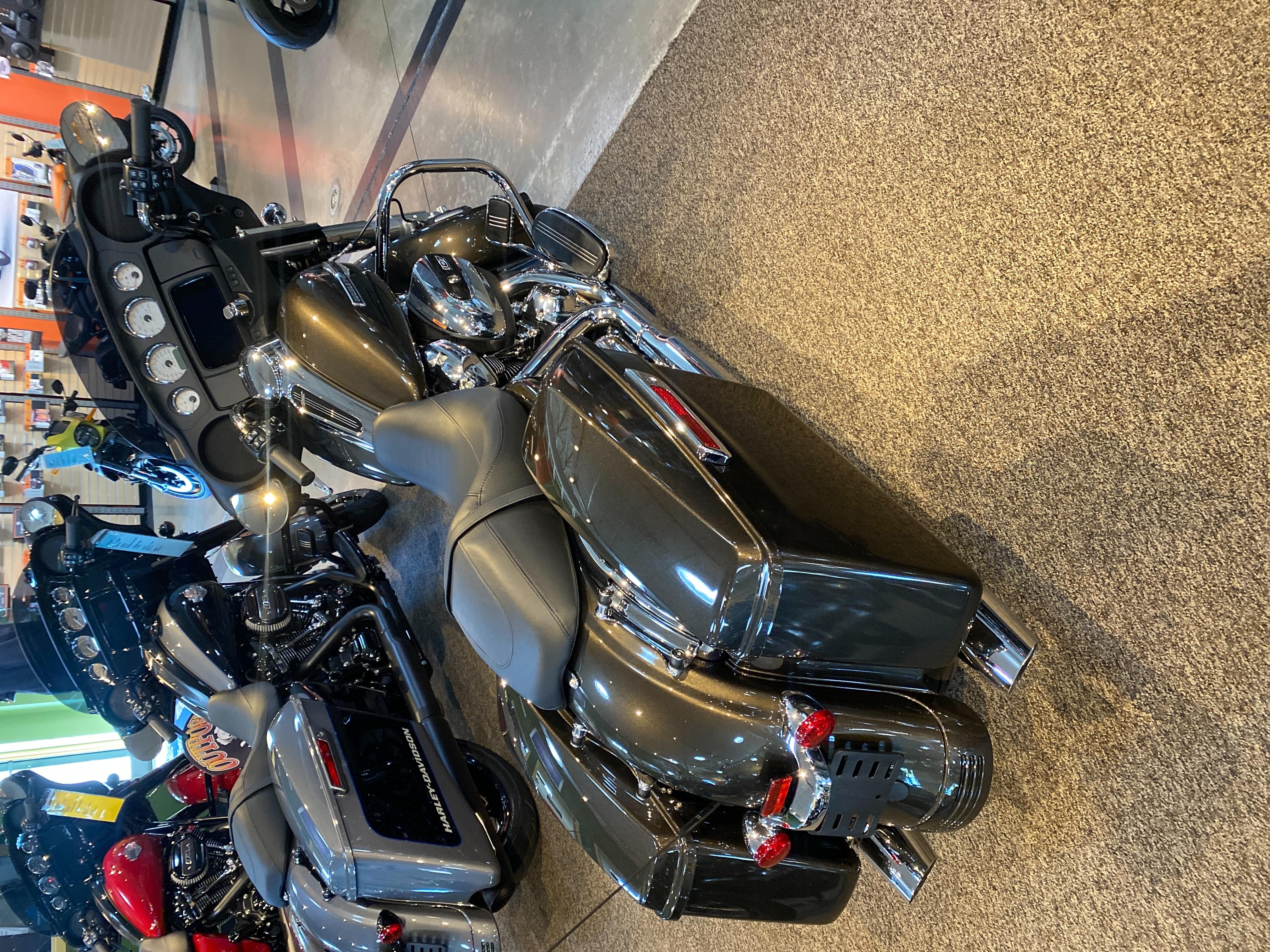 2021 Harley-Davidson Grand American Touring Street Glide at Outpost Harley-Davidson