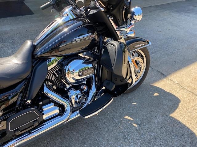 2014 HARLEY-DAVIDSON FLHTCU Ultra Classic at Carlton Harley-Davidson®