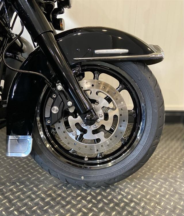 2021 Harley-Davidson Grand American Touring Ultra Limited at Gasoline Alley Harley-Davidson (Red Deer)