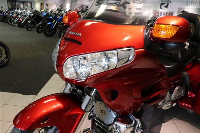 2010 Honda Gold Wing Audio / Comfort at Friendly Powersports Baton Rouge