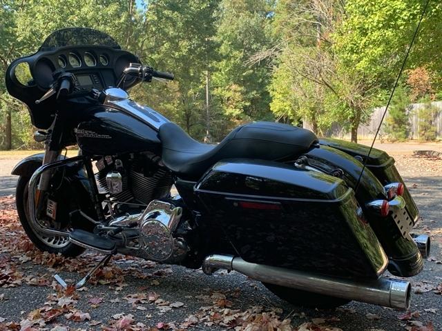 2014 Harley-Davidson Street Glide Base at Hampton Roads Harley-Davidson