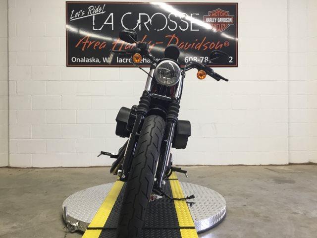 2017 Harley-Davidson Sportster Iron 883 at La Crosse Area Harley-Davidson, Onalaska, WI 54650