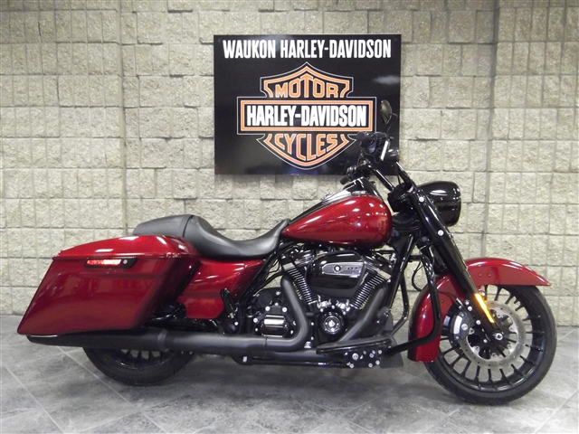 2017 Harley-Davidson FLHRXS Roadking Special at Waukon Harley-Davidson, Waukon, IA 52172