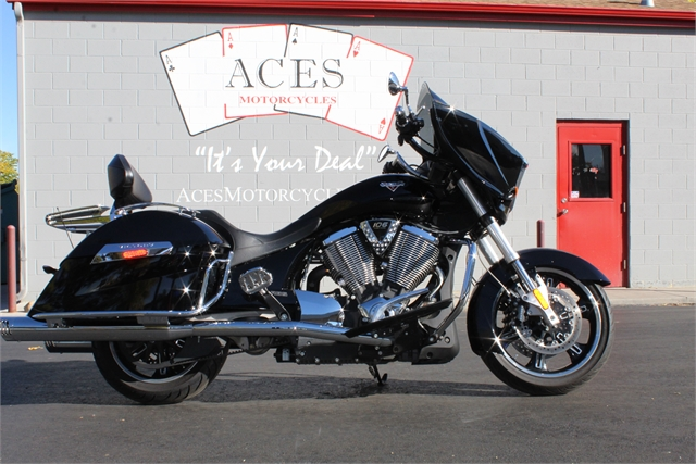 2013 Victory Cross Country Base at Aces Motorcycles - Fort Collins