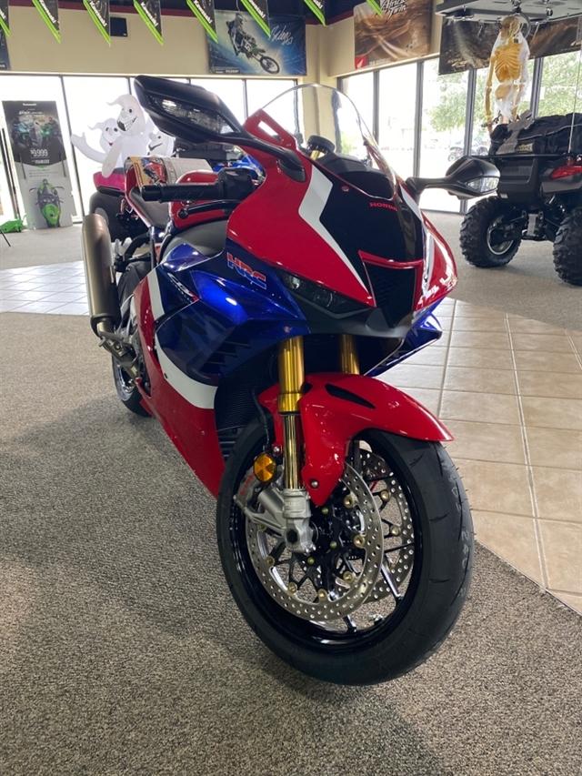 2021 Honda CBR1000RR-R Fireblade SP at Dale's Fun Center, Victoria, TX 77904