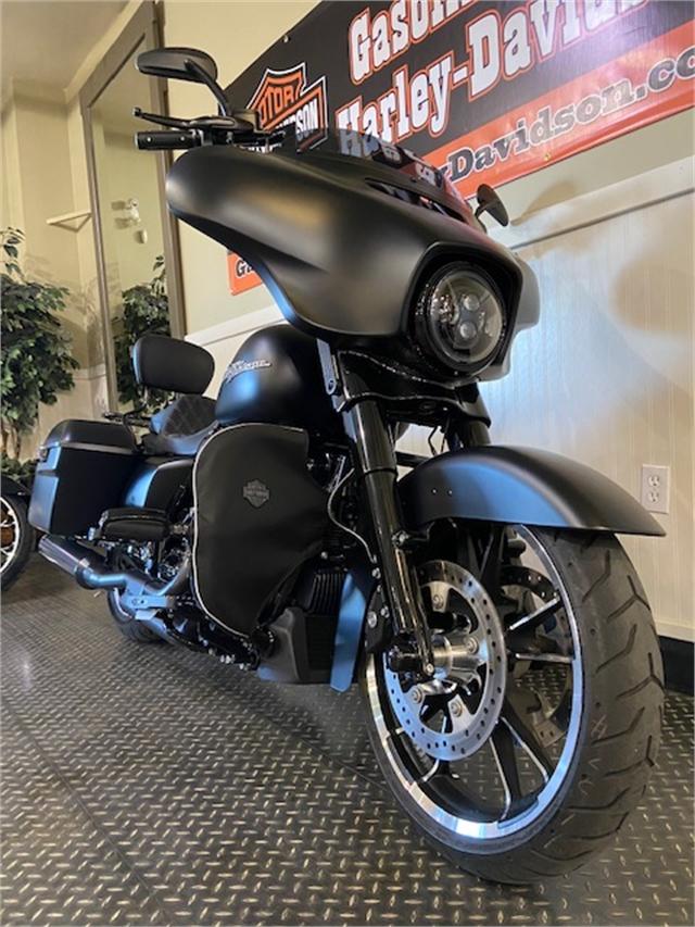 2020 Harley-Davidson Touring Street Glide at Gasoline Alley Harley-Davidson (Red Deer)