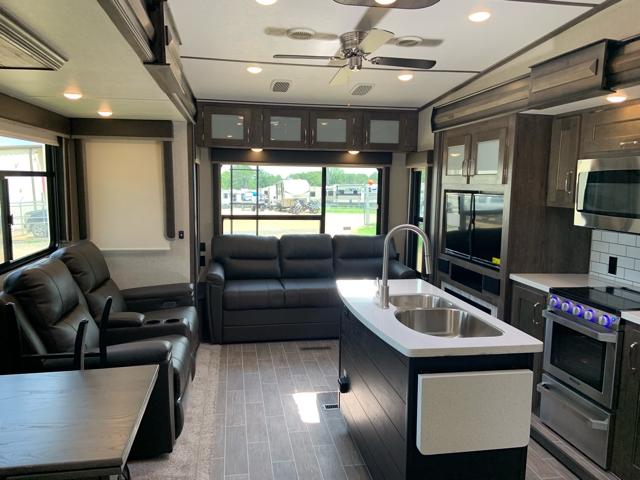 2020 Keystone Montana High Country 385BR at Campers RV Center, Shreveport, LA 71129