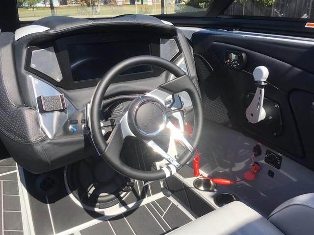 2020 Centurion Vi 22 at Lynnwood Motoplex, Lynnwood, WA 98037