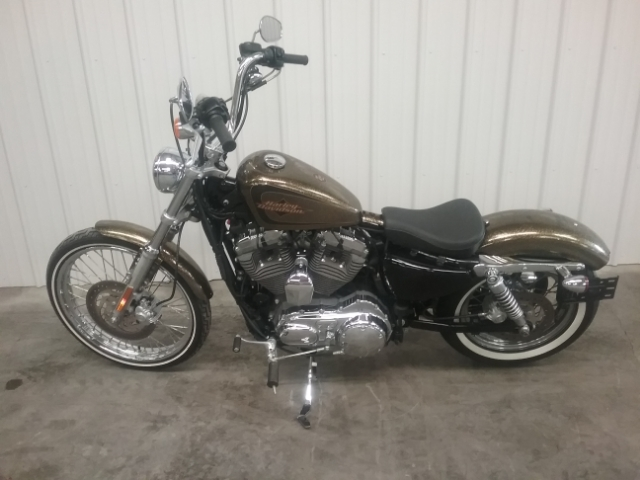 2013 Harley-Davidson Sportster Seventy-Two™ at Thornton's Motorcycle - Versailles, IN