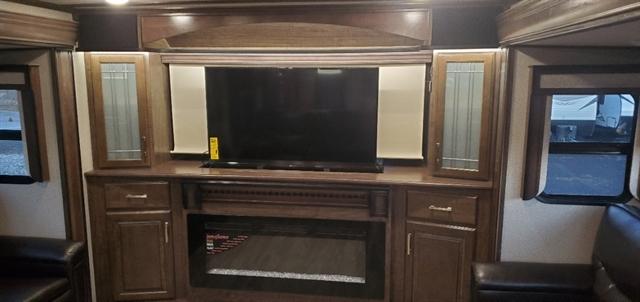 2020 Grand Design Solitude 380FL at Youngblood RV & Powersports Springfield Missouri - Ozark MO