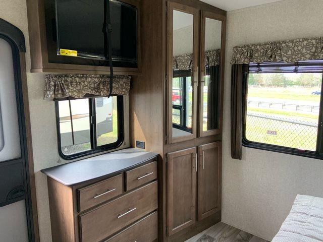 2019 Keystone RV Cougar 367FLS at Campers RV Center, Shreveport, LA 71129
