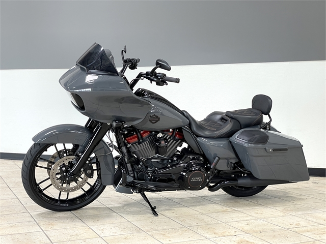 2018 Harley-Davidson Road Glide CVO Road Glide at Destination Harley-Davidson®, Tacoma, WA 98424