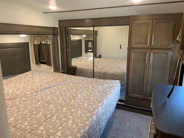 2019 Keystone Cougar 368MBI Mid Bunk at Campers RV Center, Shreveport, LA 71129