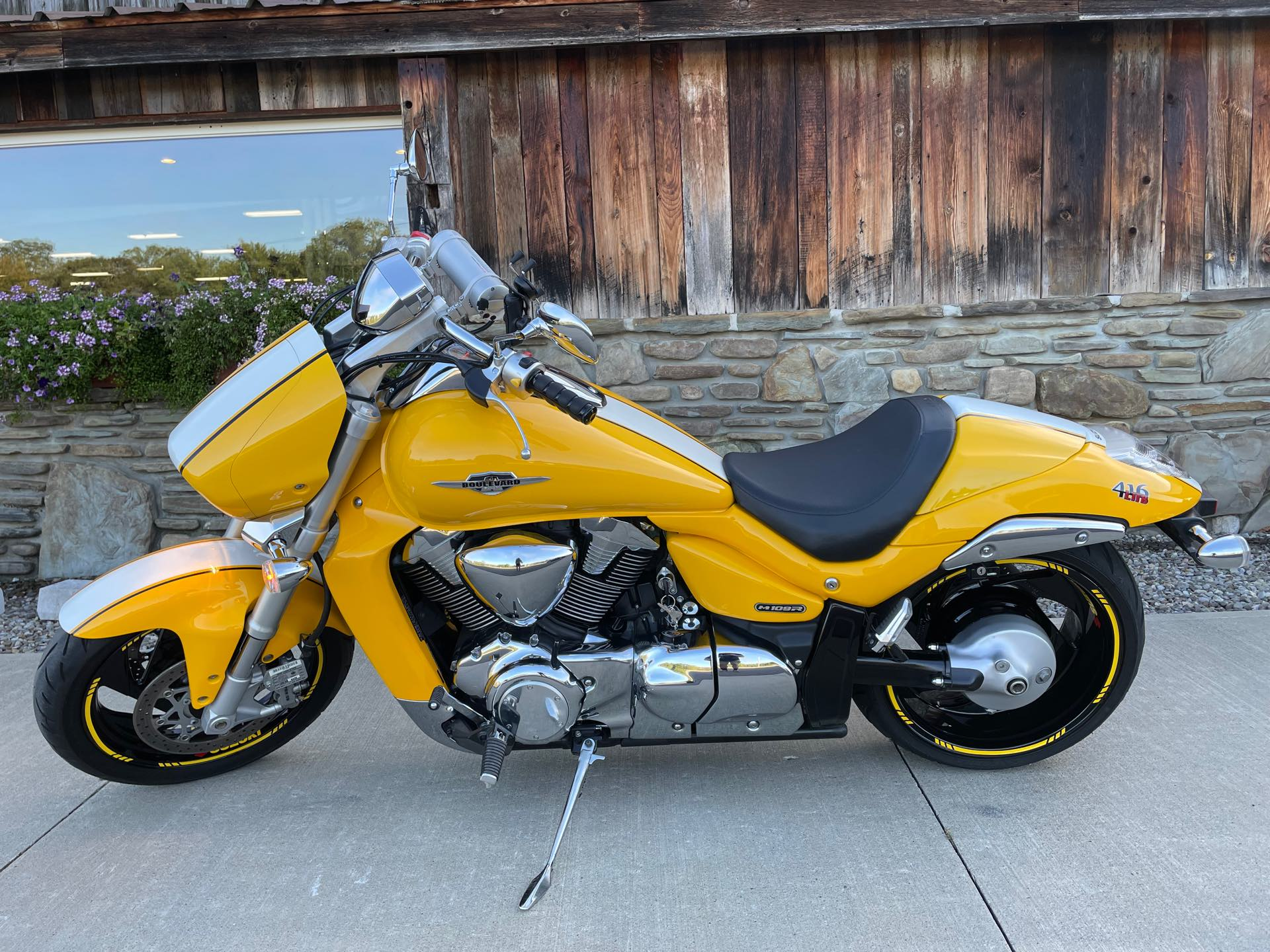 2008 Suzuki Boulevard M109R Limited Edition at Arkport Cycles
