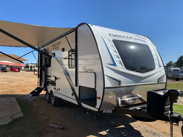 2020 Coachmen Freedom Express Ultra-Lite 192RBS at Campers RV Center, Shreveport, LA 71129