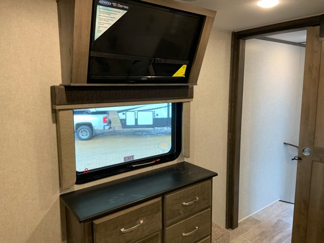 2019 Keystone Montana 3121RL Rear Living at Campers RV Center, Shreveport, LA 71129