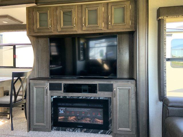 2019 Keystone RV Montana High Country 345RL Rear Living at Campers RV Center, Shreveport, LA 71129