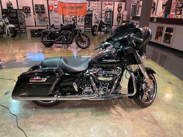2020 HARLEY-DAVIDSON FLHX Street Glide at Carlton Harley-Davidson®