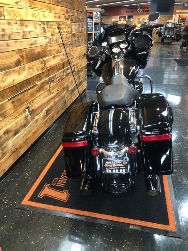 2017 Harley-Davidson Road Glide Special at Holeshot Harley-Davidson