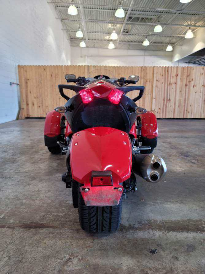 2008 Can-Am Spyder GS Roadster SE5 at Twisted Cycles