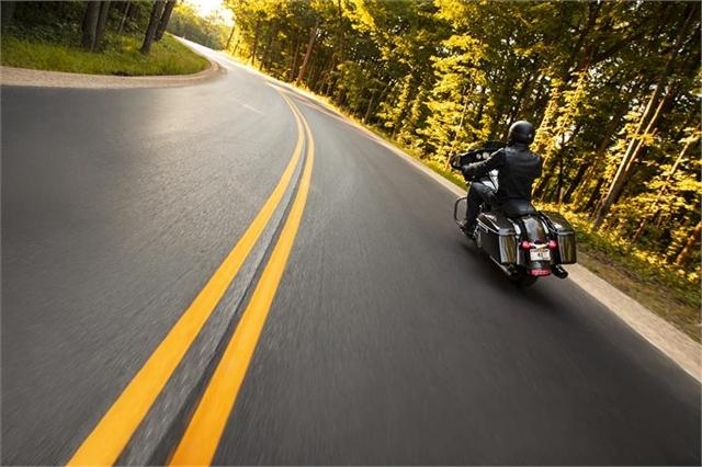2021 Harley-Davidson Touring FLHX Street Glide at Thunder Harley-Davidson