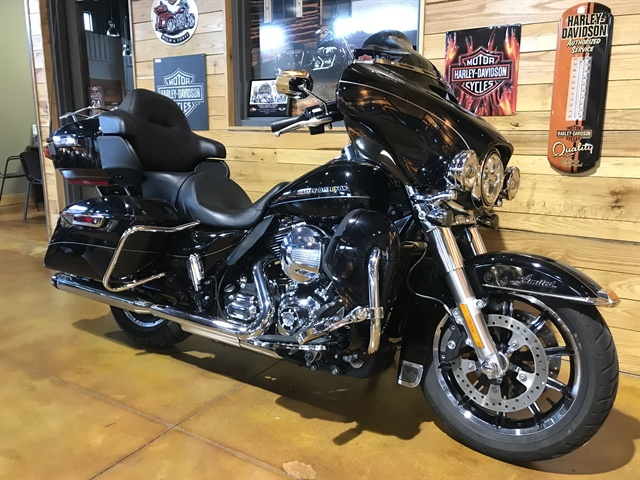 2015 Harley-Davidson Electra Glide Ultra Limited Low at Thunder Road Harley-Davidson