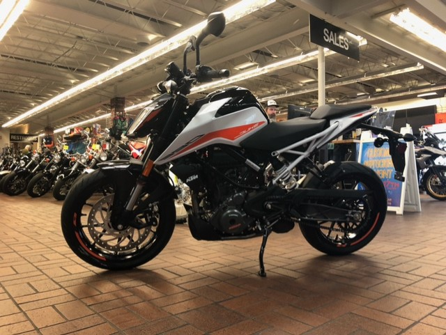 2021 KTM Duke 390 at Wild West Motoplex