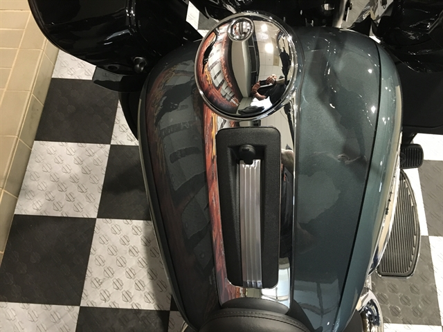 2020 Harley-Davidson FLTRK Road Glide Limited at Worth Harley-Davidson