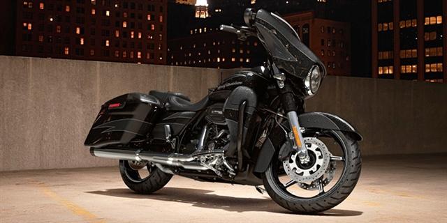 2017 Harley-Davidson Street Glide CVO Street Glide at Gruene Harley-Davidson