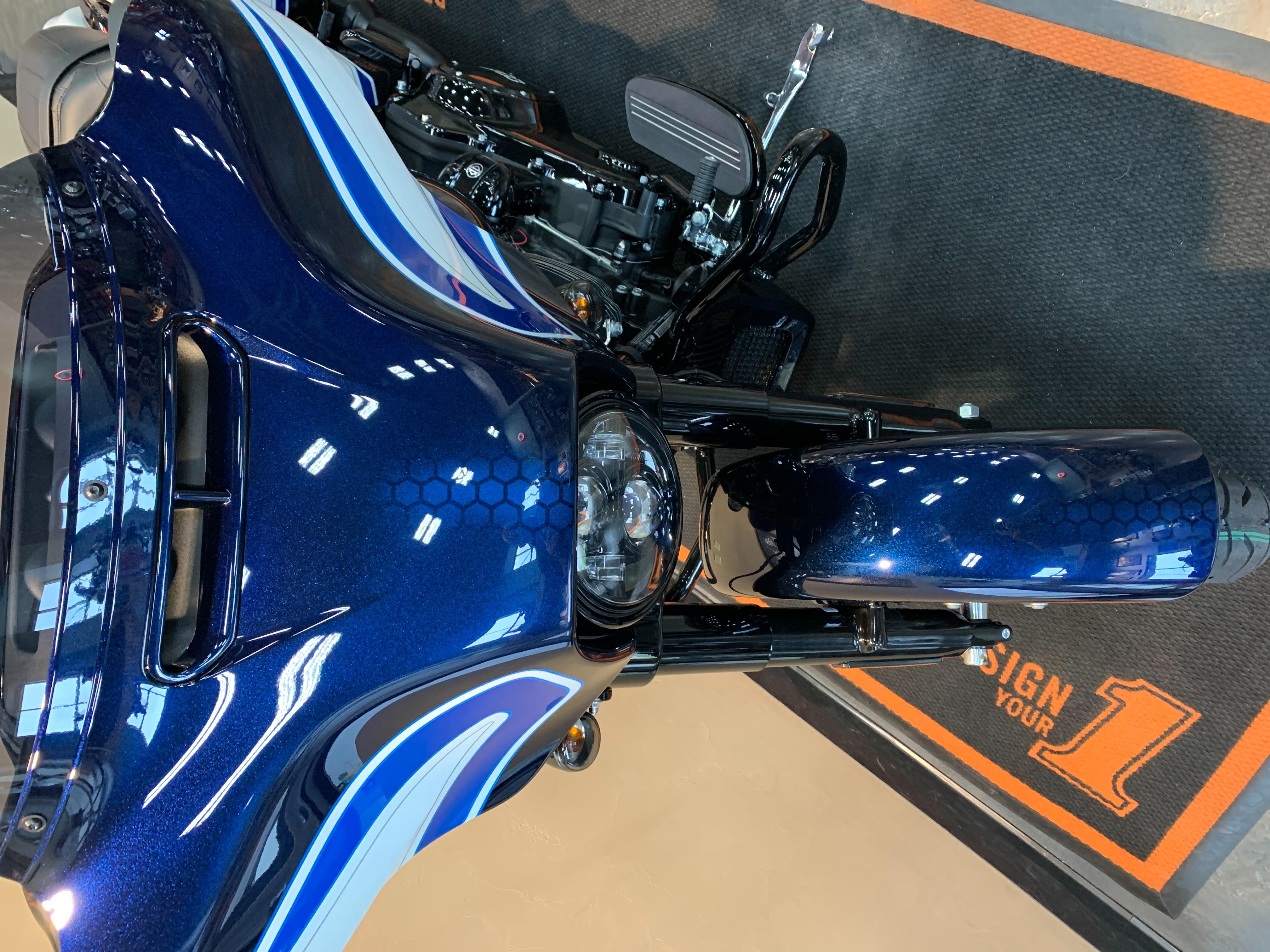 2021 Harley-Davidson Grand American Touring Street Glide Special at Vandervest Harley-Davidson, Green Bay, WI 54303