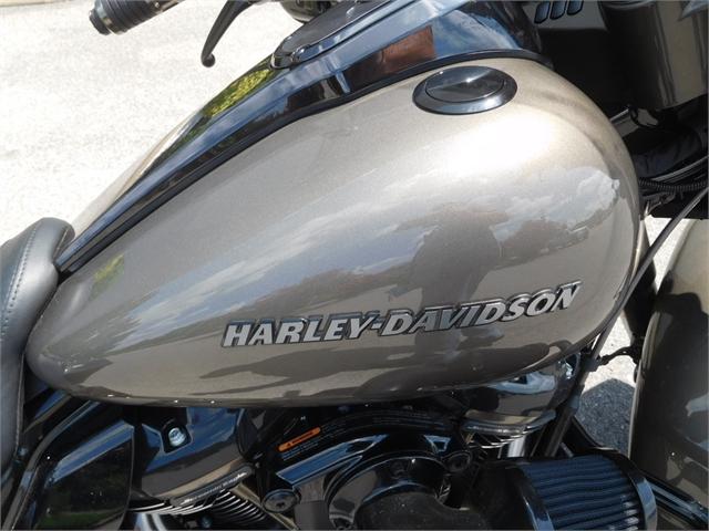 2021 Harley-Davidson Touring FLHXSE CVO Street Glide at Bumpus H-D of Murfreesboro