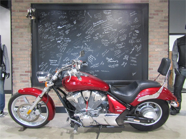 2010 Honda Sabre Base at Cox's Double Eagle Harley-Davidson