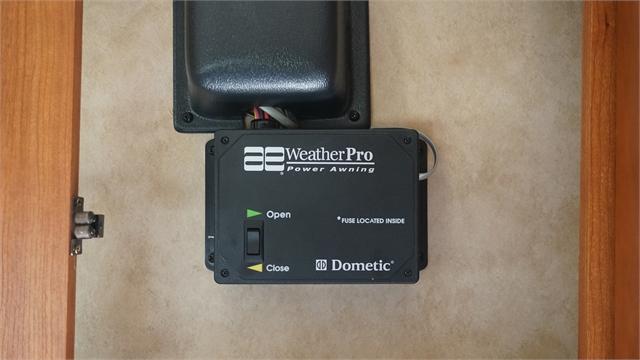 2007 INTRUDER DAMON 391 at Prosser's Premium RV Outlet