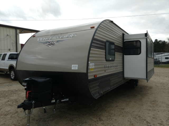 2019 Forest River Wildwood X-Lite 273QBXL Bunk Beds at Campers RV Center, Shreveport, LA 71129