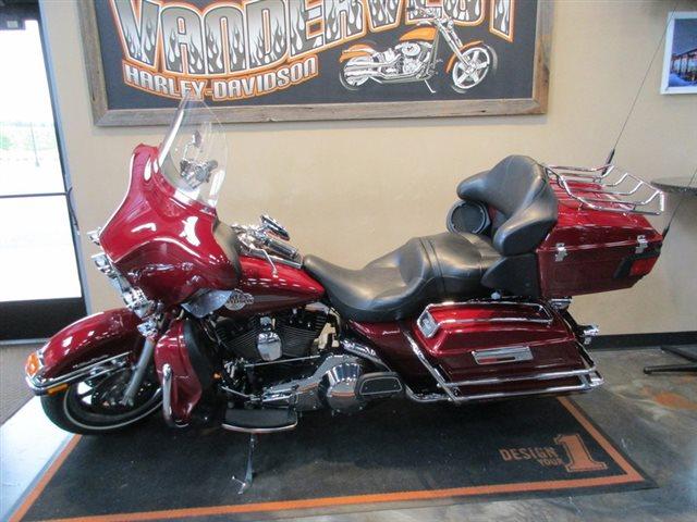 2006 Harley-Davidson Electra Glide Ultra Classic at Vandervest Harley-Davidson, Green Bay, WI 54303