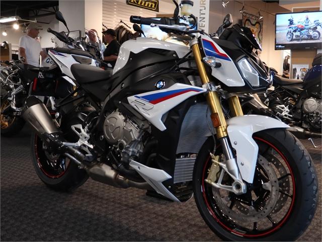 2021 BMW S 1000 R 1000 R at Frontline Eurosports