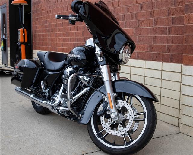 2017 Harley-Davidson Street Glide Special at Harley-Davidson of Fort Wayne, Fort Wayne, IN 46804