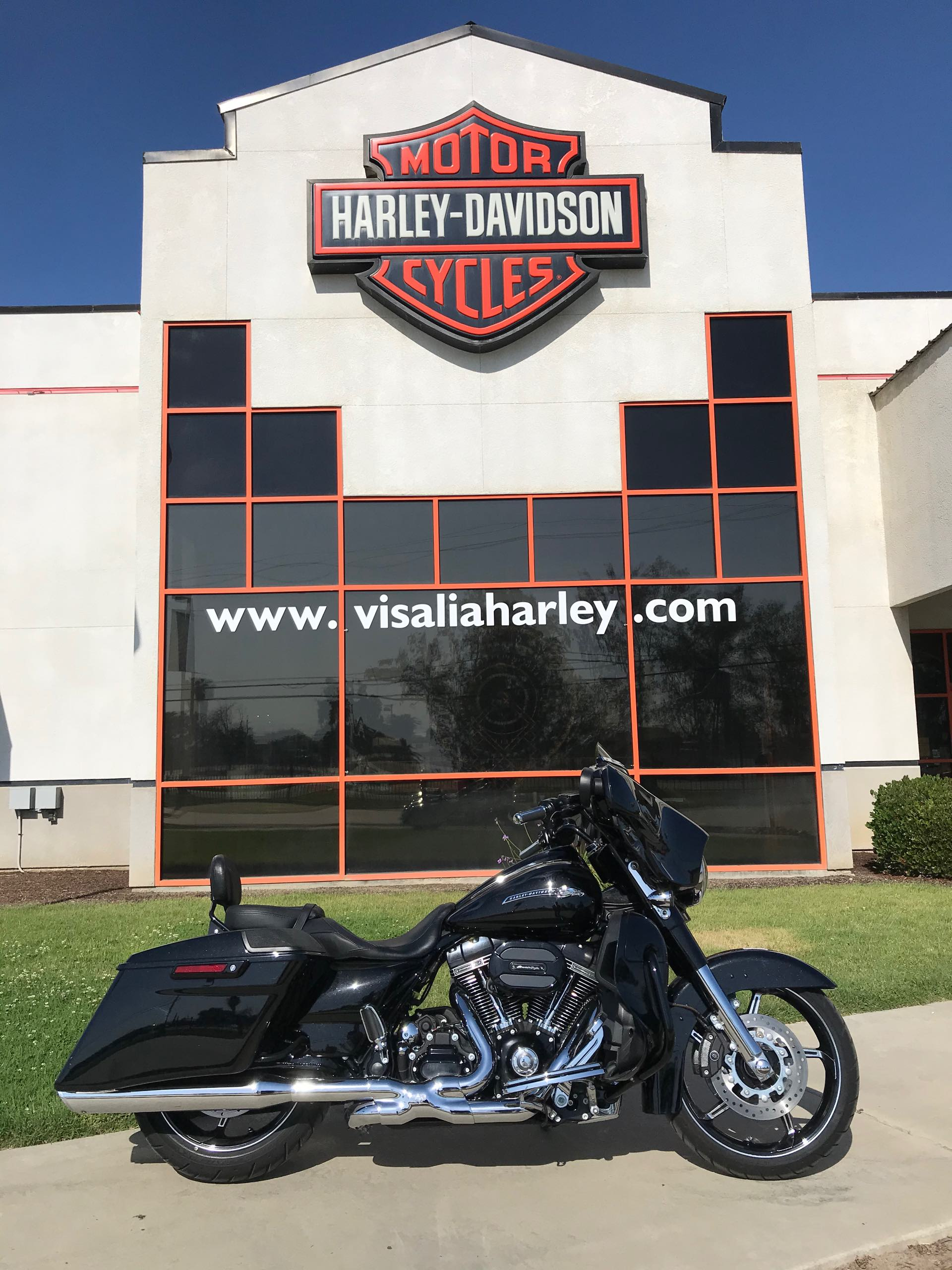 2016 Harley-Davidson Street Glide CVO Street Glide at Visalia Harley-Davidson