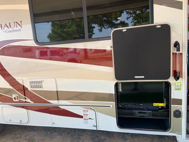 2020 Coachmen Leprechaun 311FS at Campers RV Center, Shreveport, LA 71129