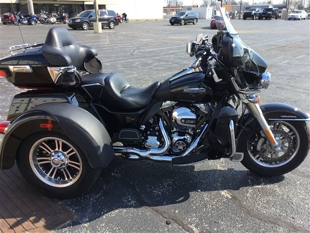 2015 Harley-Davidson Trike Tri Glide Ultra at Bud's Harley-Davidson, Evansville, IN 47715